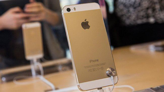 """Auksinės spalvos """"iPhone 5S"""""""