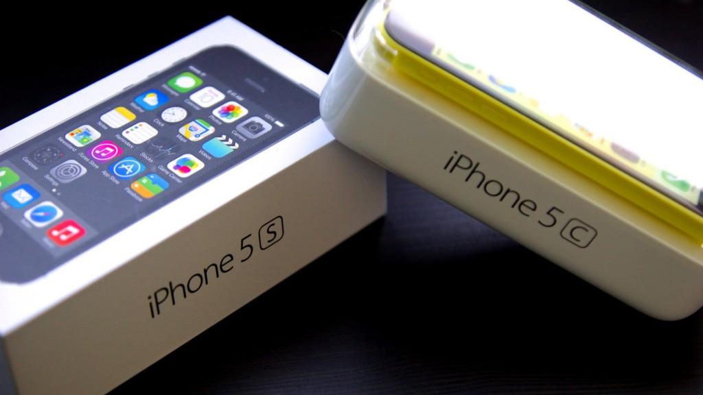 "Išmanieji telefonai ""iPhone 5S"" ir ""iPhone 5C"""