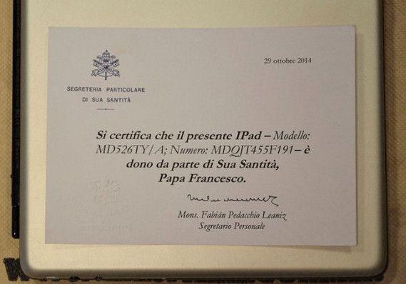 """Popiežiaus senasis """"iPad"""""""