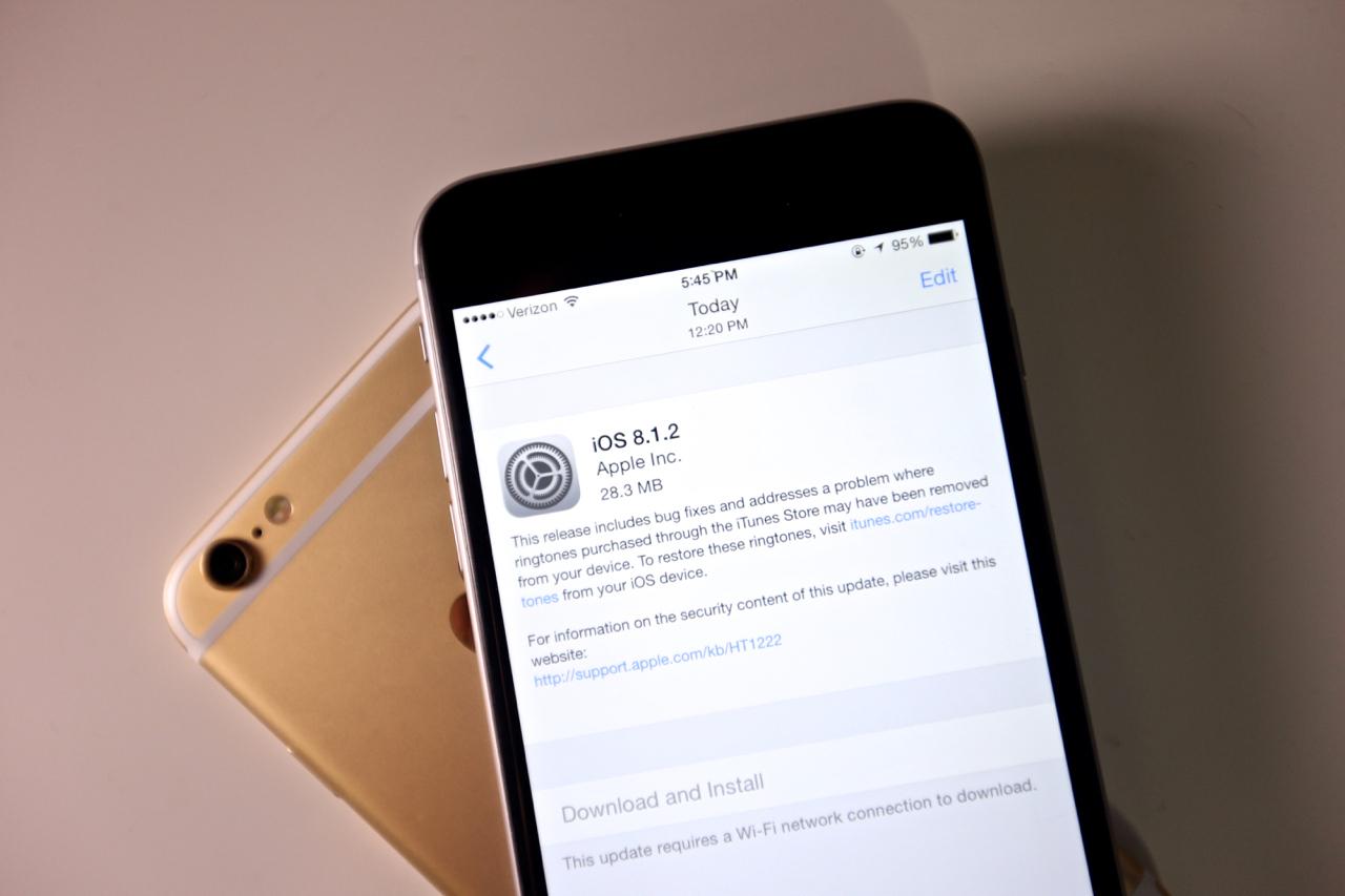 """""""iOS"""" atnaujinimas"""