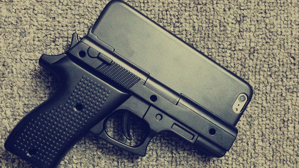 Gun-Shaped-Iphone-Case